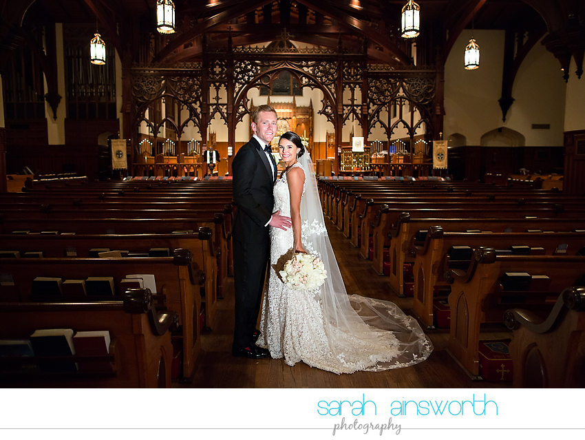 houston-wedding-photographer-christ-church-cathedral-petroleum-club-of-houston-wedding-photographer-charlotte-chris024