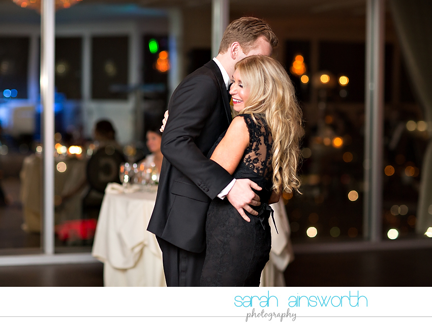 houston-wedding-photographer-christ-church-cathedral-petroleum-club-of-houston-wedding-photographer-charlotte-chris036
