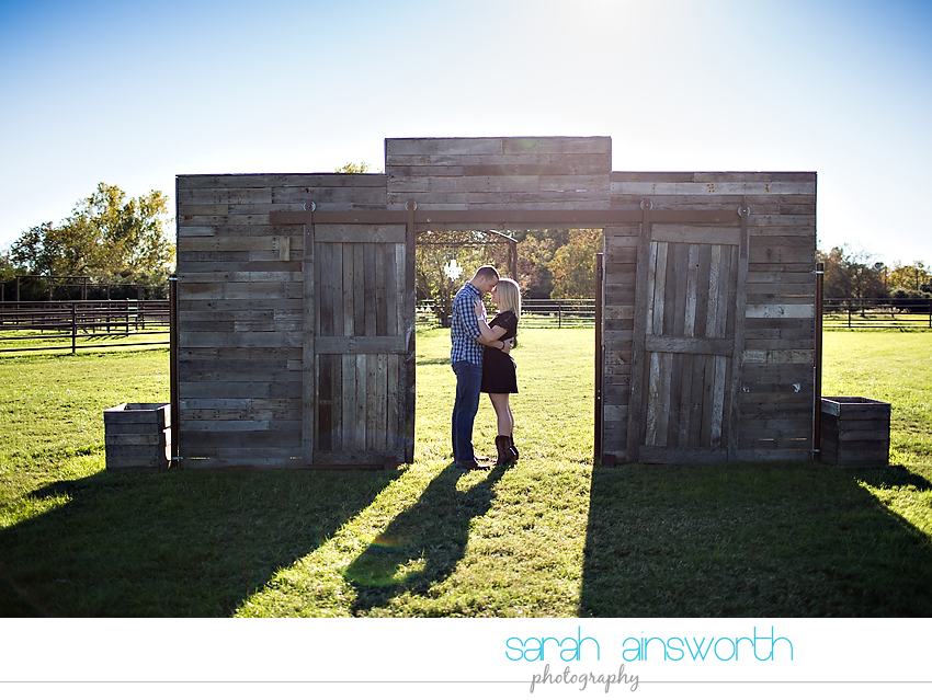 tomball-wedding-photographer-moffitt-oaks-wedding-houston-rustic-wedding-venue-chelsea-gary04