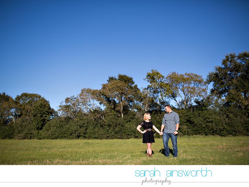 tomball-wedding-photographer-moffitt-oaks-wedding-houston-rustic-wedding-venue-chelsea-gary06