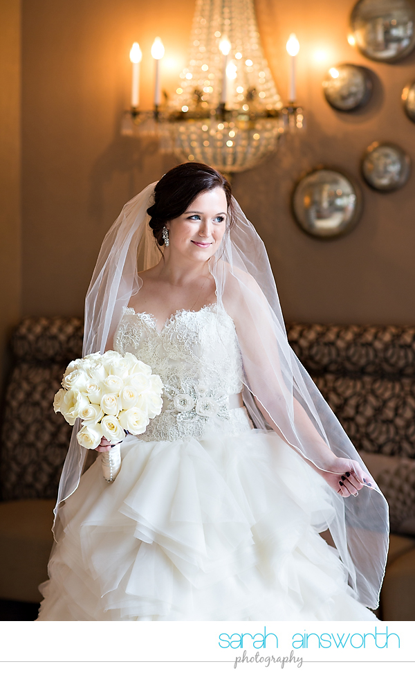 houston-wedding-photographer-crystal-ballroom-wedding-bridal-pictures-rice-hotel-annie001