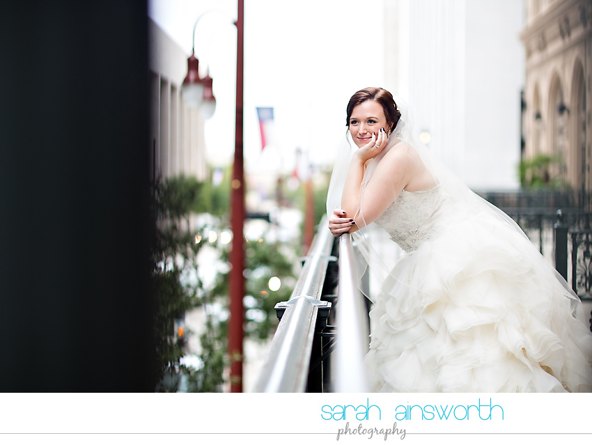 houston-wedding-photographer-crystal-ballroom-wedding-bridal-pictures-rice-hotel-annie015