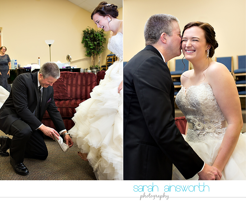 houston-wedding-photographer-crystal-ballroom-wedding-rice-hotel-annie-brad10
