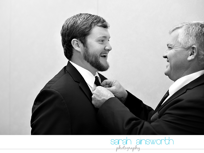 houston-wedding-photographer-crystal-ballroom-wedding-rice-hotel-annie-brad12