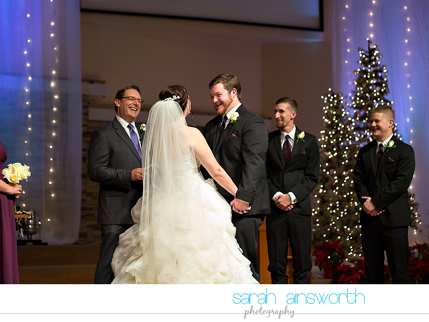 houston-wedding-photographer-crystal-ballroom-wedding-rice-hotel-annie-brad31