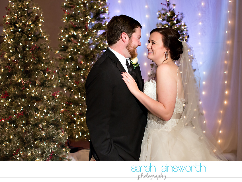 houston-wedding-photographer-crystal-ballroom-wedding-rice-hotel-annie-brad37