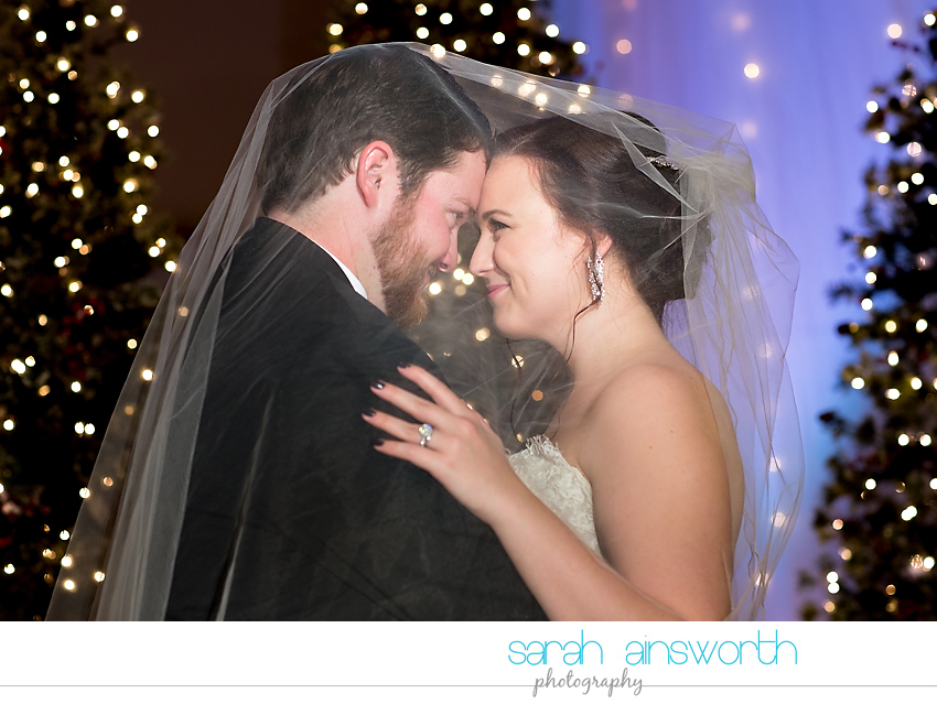 houston-wedding-photographer-crystal-ballroom-wedding-rice-hotel-annie-brad38