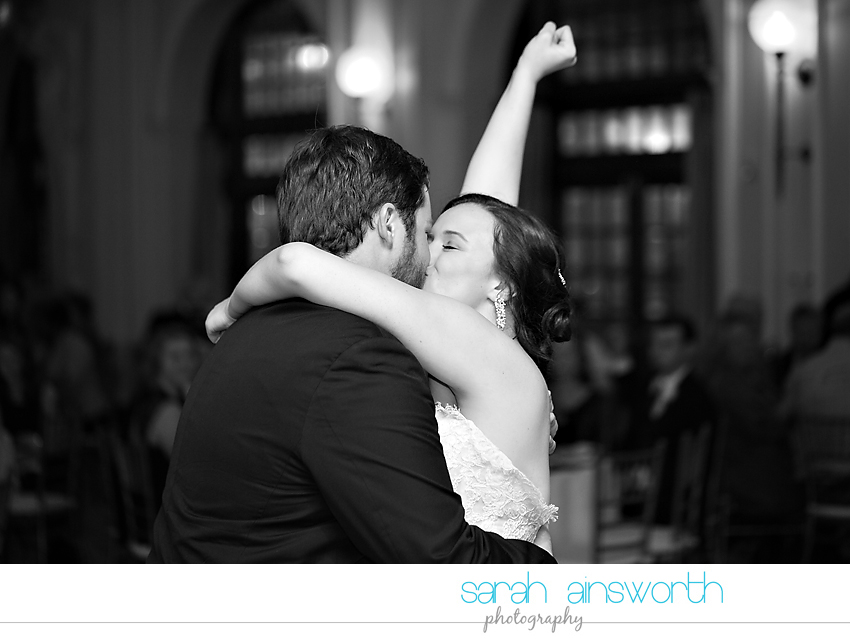houston-wedding-photographer-crystal-ballroom-wedding-rice-hotel-annie-brad52