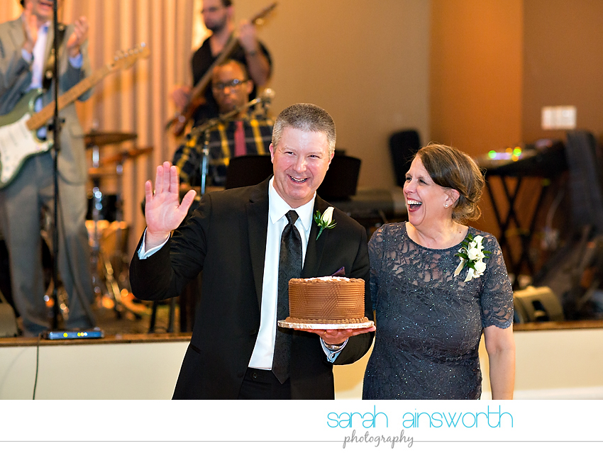 houston-wedding-photographer-crystal-ballroom-wedding-rice-hotel-annie-brad59