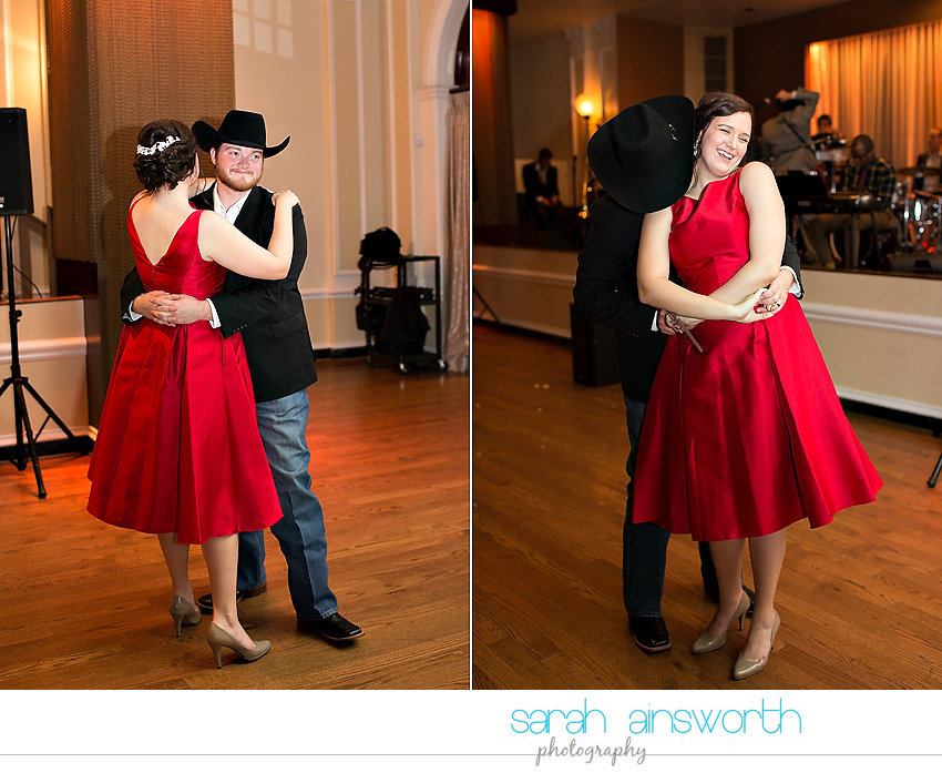 houston-wedding-photographer-crystal-ballroom-wedding-rice-hotel-annie-brad70