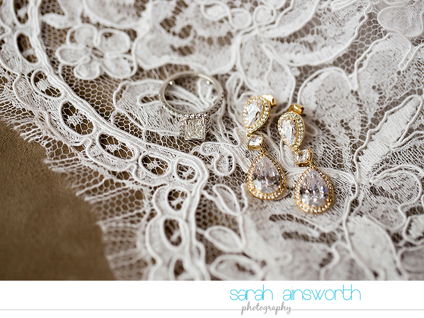 houston-wedding-photographer-junior-league-of-houston-wedding-grace-bible-church-wedding002