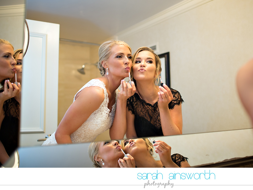 houston-wedding-photographer-junior-league-of-houston-wedding-grace-bible-church-wedding013