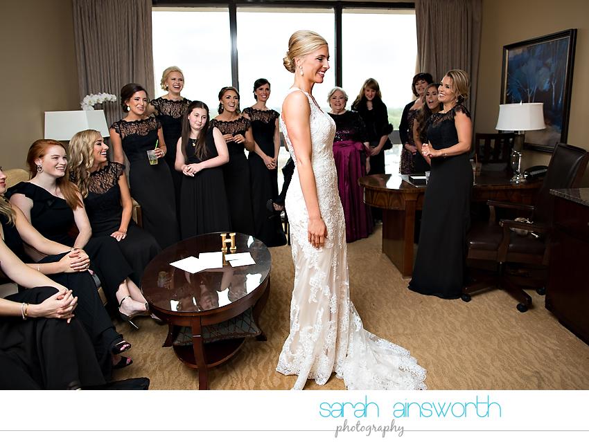 houston-wedding-photographer-junior-league-of-houston-wedding-grace-bible-church-wedding015