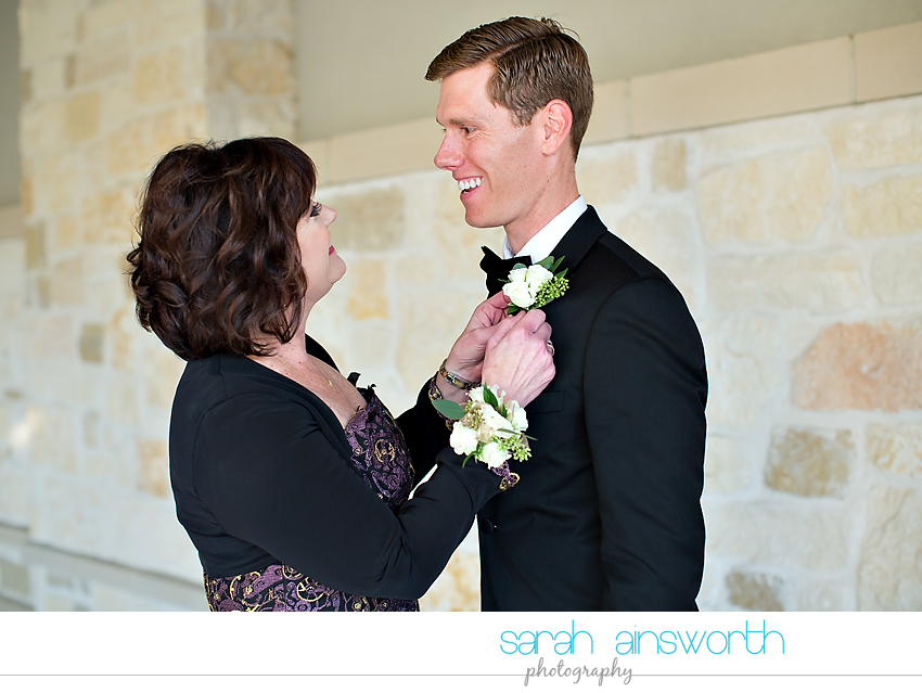 houston-wedding-photographer-junior-league-of-houston-wedding-grace-bible-church-wedding018