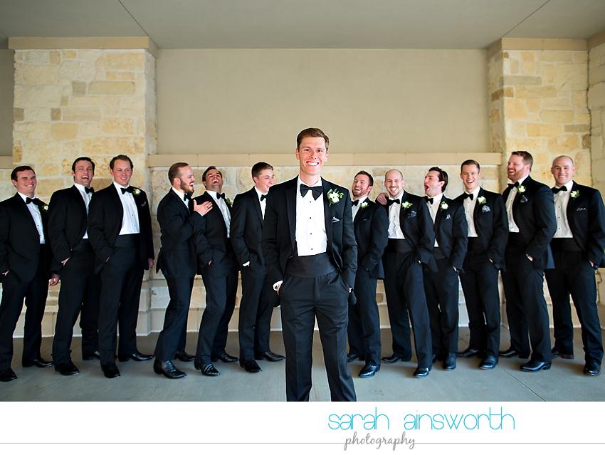 houston-wedding-photographer-junior-league-of-houston-wedding-grace-bible-church-wedding022