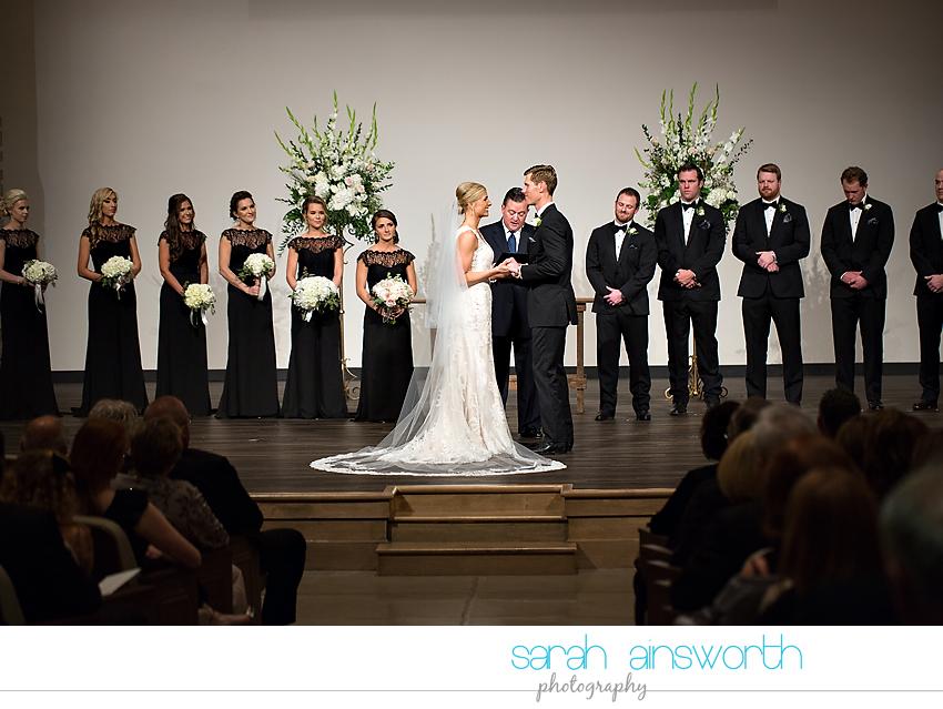 houston-wedding-photographer-junior-league-of-houston-wedding-grace-bible-church-wedding029