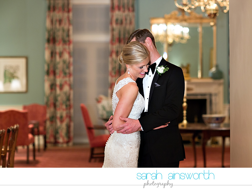 houston-wedding-photographer-junior-league-of-houston-wedding-grace-bible-church-wedding041