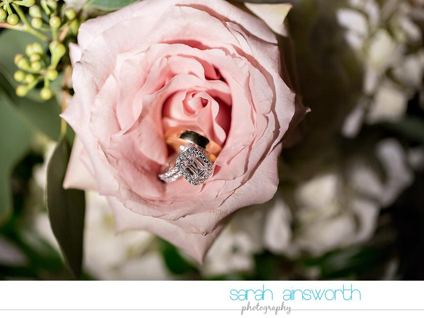 houston-wedding-photographer-junior-league-of-houston-wedding-grace-bible-church-wedding045