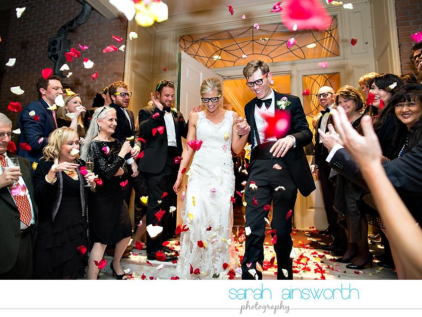 houston-wedding-photographer-junior-league-of-houston-wedding-grace-bible-church-wedding060