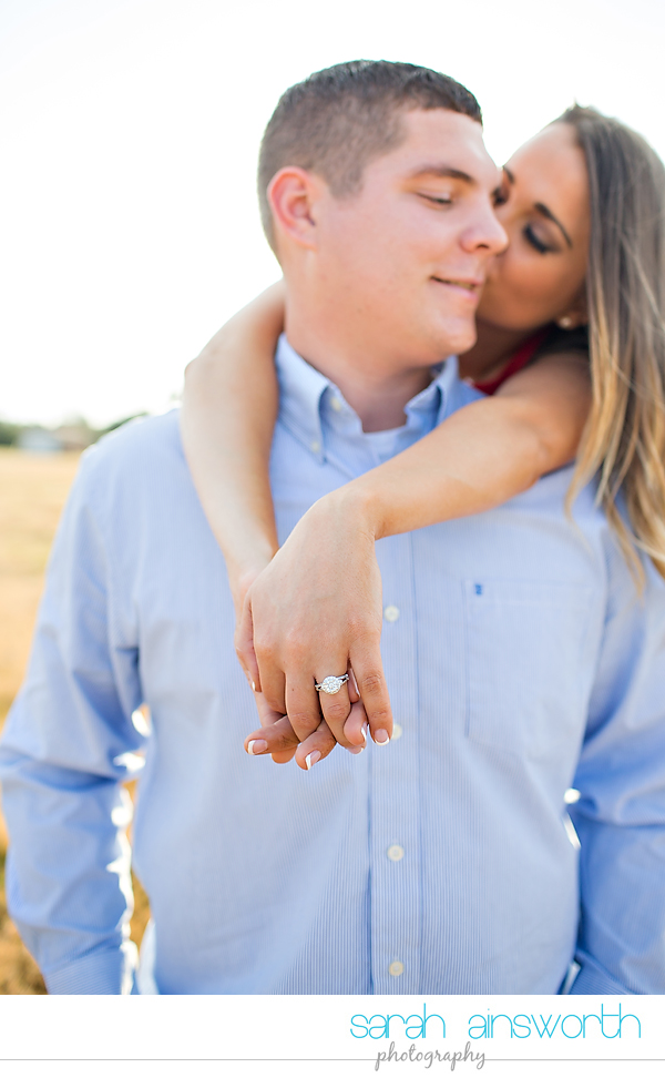 tomball-wedding-photographer-rustic-houston-wedding-venue-moffitt-oaks-wedding-rustic-engagement003