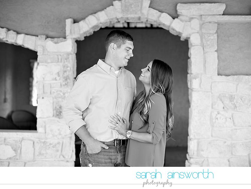 tomball-wedding-photographer-rustic-houston-wedding-venue-moffitt-oaks-wedding-rustic-engagement004