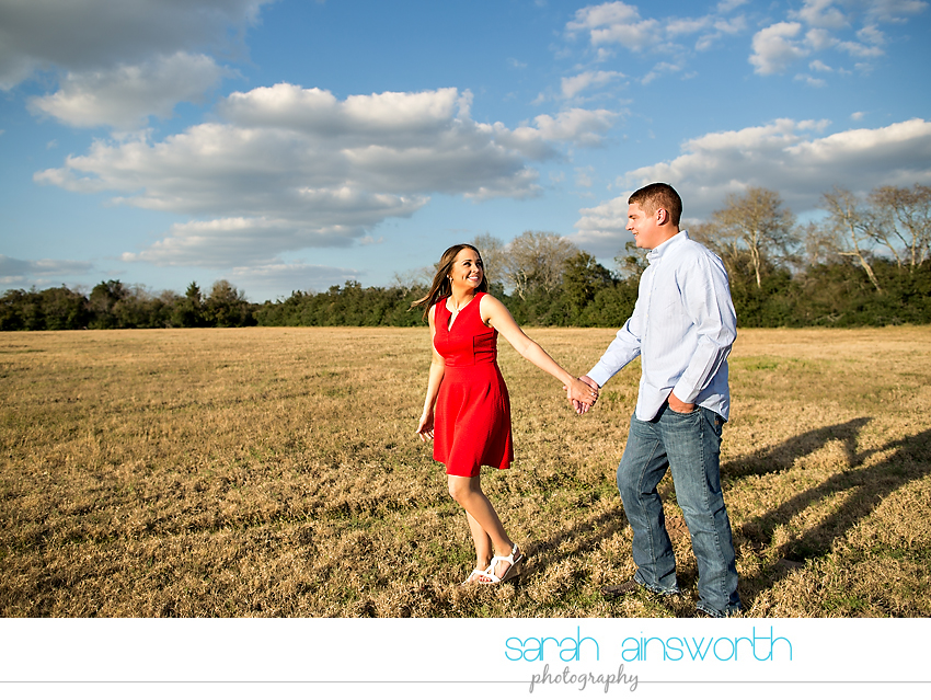 tomball-wedding-photographer-rustic-houston-wedding-venue-moffitt-oaks-wedding-rustic-engagement017