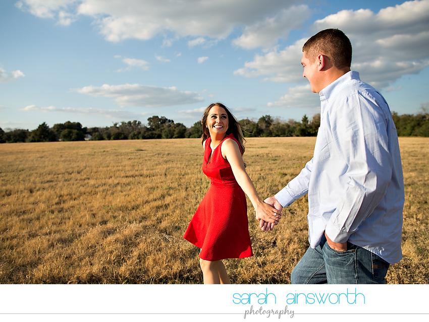 tomball-wedding-photographer-rustic-houston-wedding-venue-moffitt-oaks-wedding-rustic-engagement018
