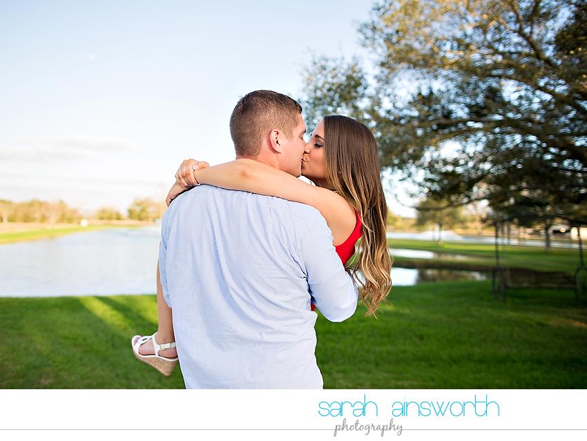 tomball-wedding-photographer-rustic-houston-wedding-venue-moffitt-oaks-wedding-rustic-engagement021