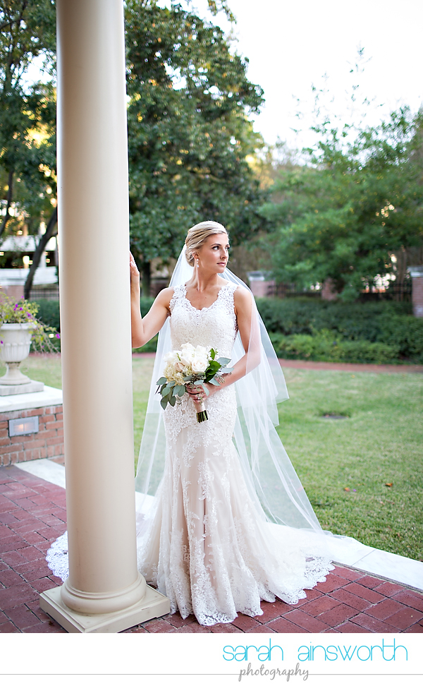 houston-wedding-photographer-junior-league-of-houston-bridals-becca014