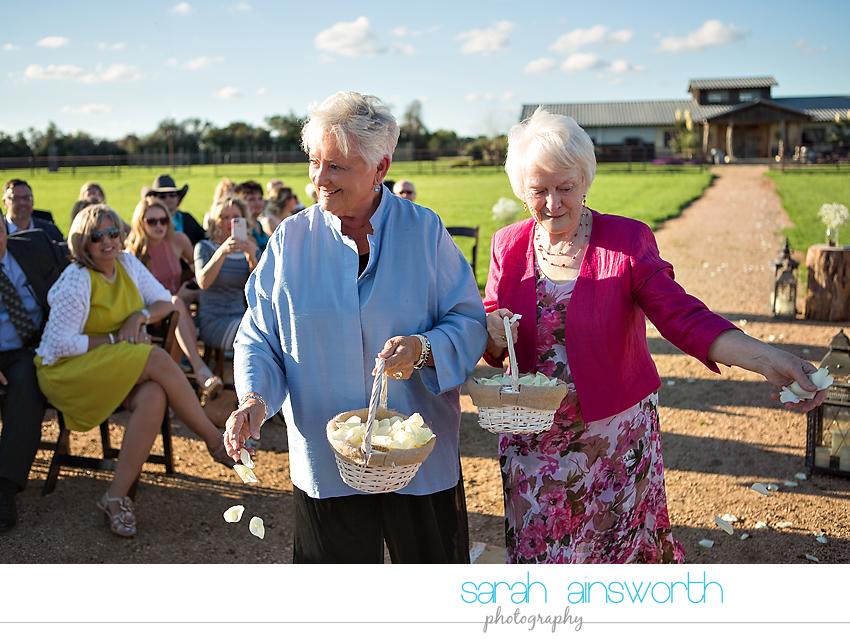 tomball-wedding-photographer-moffitt-oaks-wedding-photographer-rustic-houston-venue24