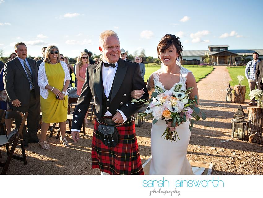 tomball-wedding-photographer-moffitt-oaks-wedding-photographer-rustic-houston-venue25