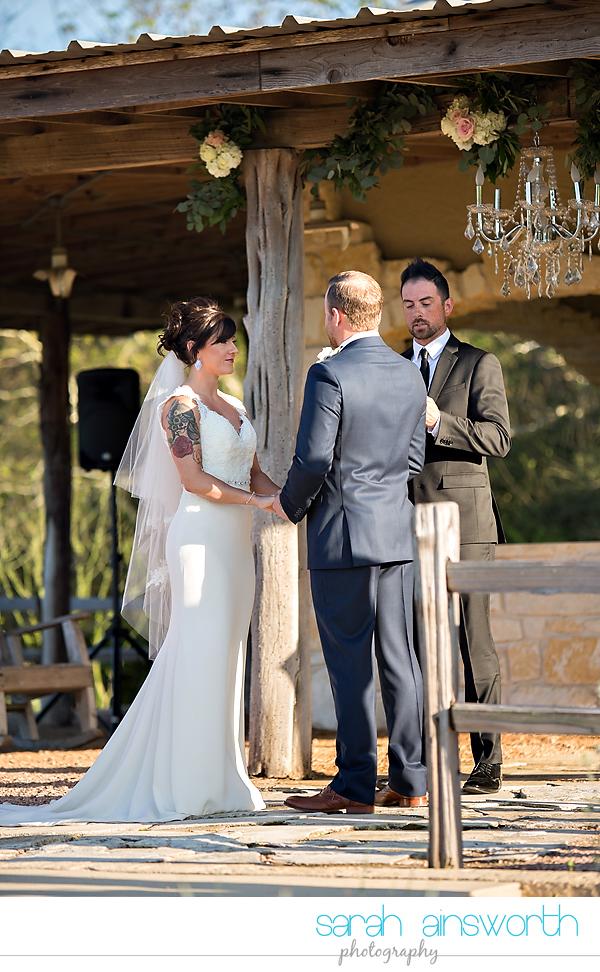tomball-wedding-photographer-moffitt-oaks-wedding-photographer-rustic-houston-venue27