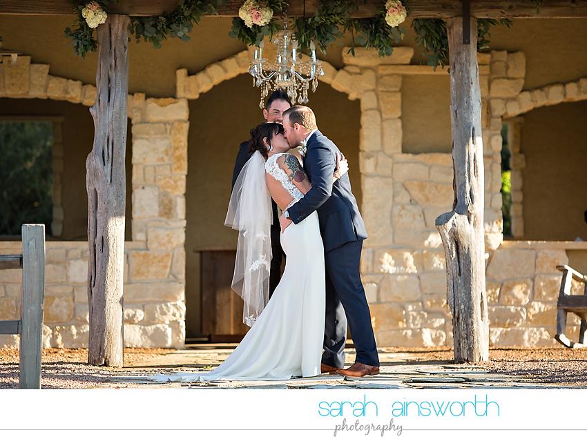 tomball-wedding-photographer-moffitt-oaks-wedding-photographer-rustic-houston-venue31