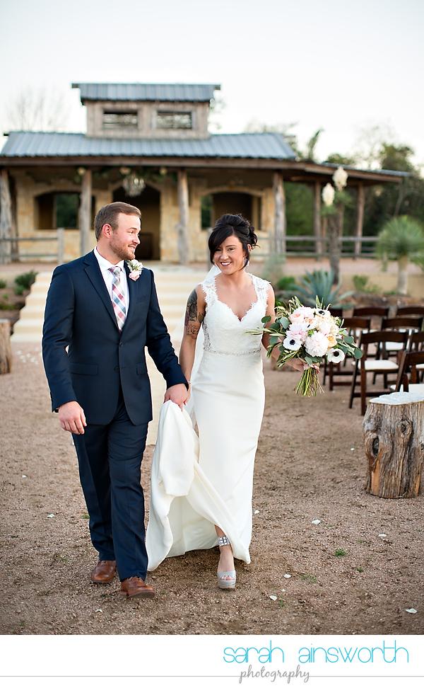 tomball-wedding-photographer-moffitt-oaks-wedding-photographer-rustic-houston-venue43