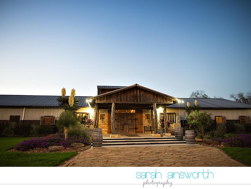 tomball-wedding-photographer-moffitt-oaks-wedding-photographer-rustic-houston-venue50