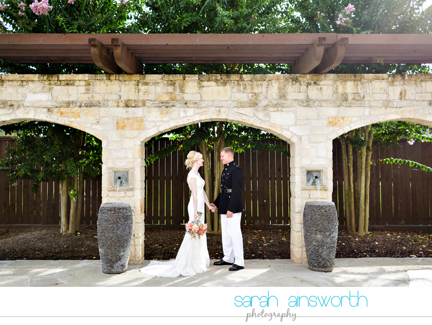 houston-wedding-photographer-briscoe-manor-wedding-kelly-dillon026