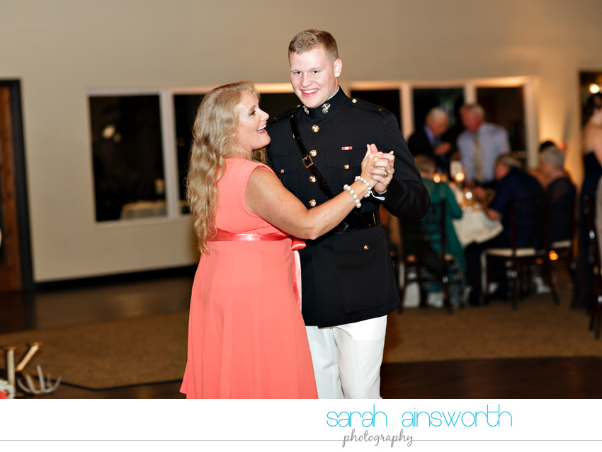 houston-wedding-photographer-briscoe-manor-wedding-kelly-dillon082