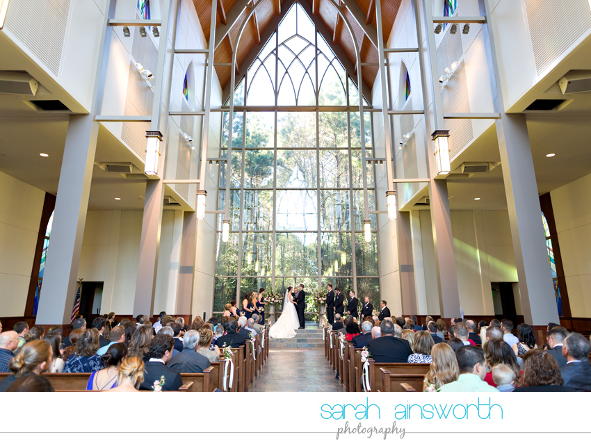 the-woodlands-country-club-palmer-course-chapel-in-the-woods-woodlands-photographer-fall-wedding-lauren-michael34