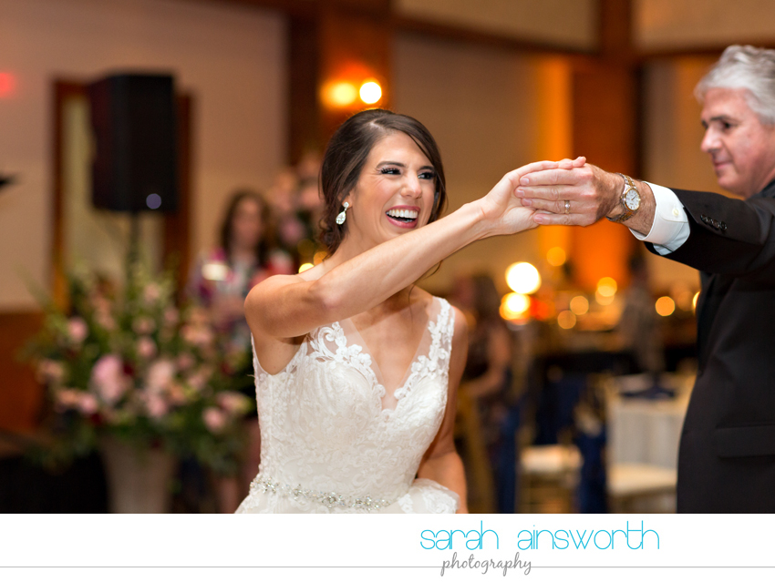 the-woodlands-country-club-palmer-course-chapel-in-the-woods-woodlands-photographer-fall-wedding-lauren-michael69