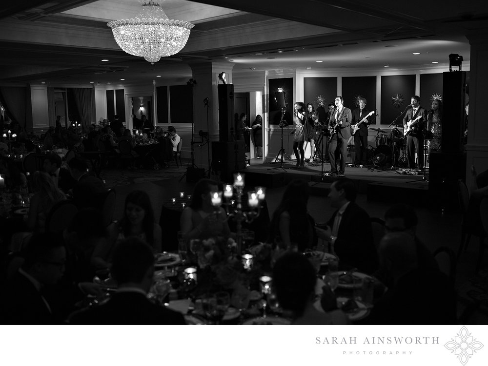 08_upscale-houston-wedding-venues-petroleum-club-of-houston-luxury-weddings-of-houston_02.jpg