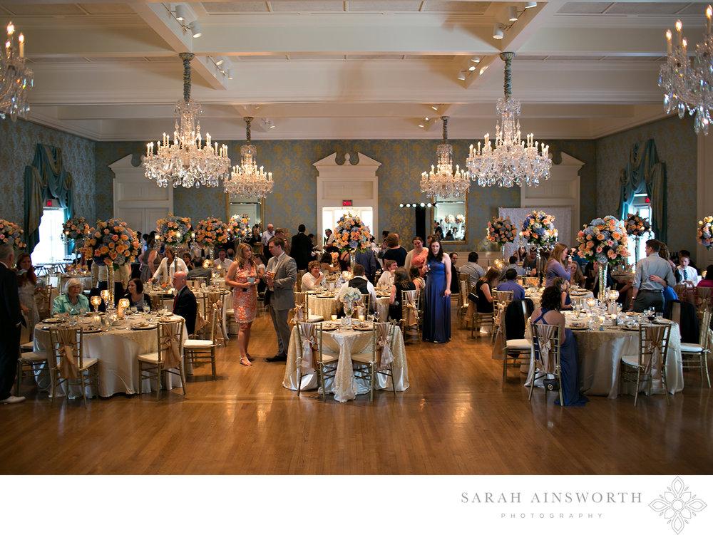 37_junior-league-of-houston-wedding-reception-classic-houston-wedding-venue-junior-league_03.jpg