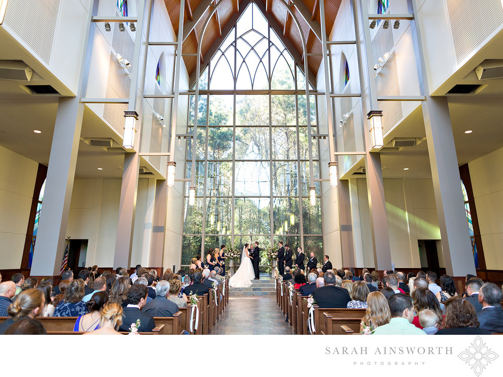 chapel-in-the-woods-the-woodlands-wedding-locations-best-chapels-in-houston-fellowship-of-the-woodlands-church_05.jpg