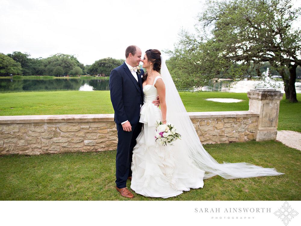 houston-oaks-country-club-wedding-upscale-houston-wedding-hockley-wedding-venue-houstons-best-country-clubs_01.jpg