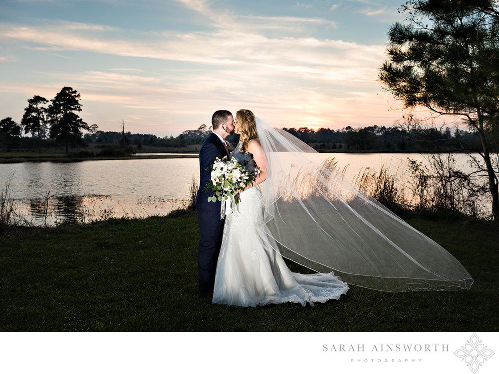 magnolia-bells-wedding-venue-magnolia-wedding-venues-barn-wedding-venues-houston-magnolia-chapels_04.jpg