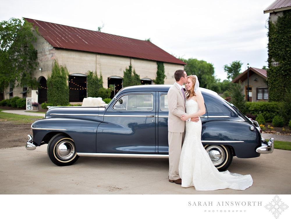 olde-dobbin-station-wedding-montgomery-wedding-venues-outdoor-houston-wedding-rustic-houston-wedding-venue_01.jpg