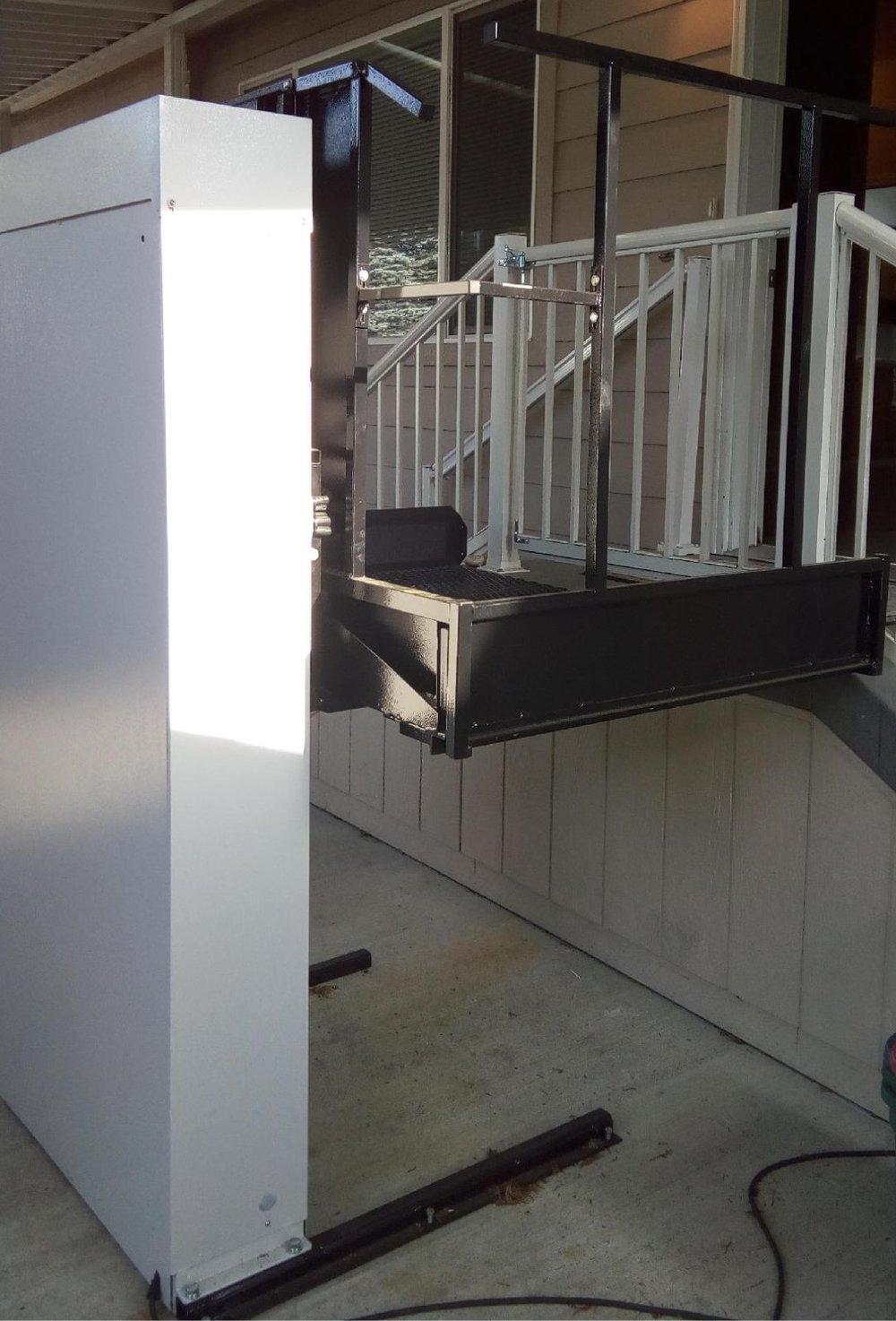 Used Wheelchair Lift, Everett, WA