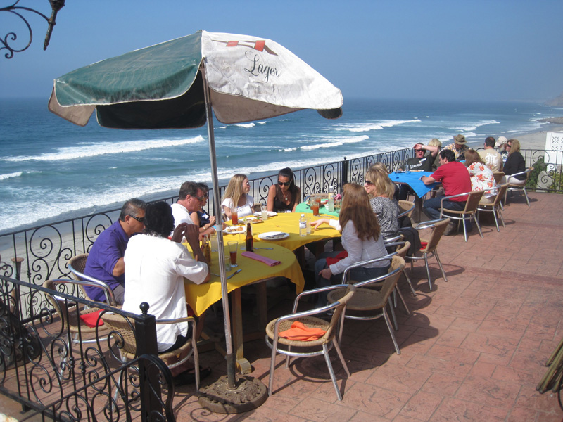 Brunch overlooking the ocean at La Fonda