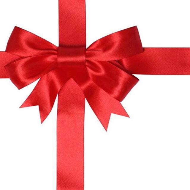 Looking for the perfect holiday gift?? 🎁⠀ . . . ⠀ Give the gift of time this holiday season and leave the cleaning to us. ⠀ . . . ⠀ Our  super tidie holiday promotion is only $65 and includes pickup and drop-off!  We also offer gift cards which make great stocking stuffers 😉⠀ . . . ⠀ Book online or contact us to receive and cross another gift off your list!⠀ .⠀ .⠀ .⠀ .⠀ .⠀ #christmasiscoming #stockingstuffer #keepinglifetidie #tidietots #busymoms #yycbaby #yycmom #yycfamily #carseat #stroller #cleaning  #calgary