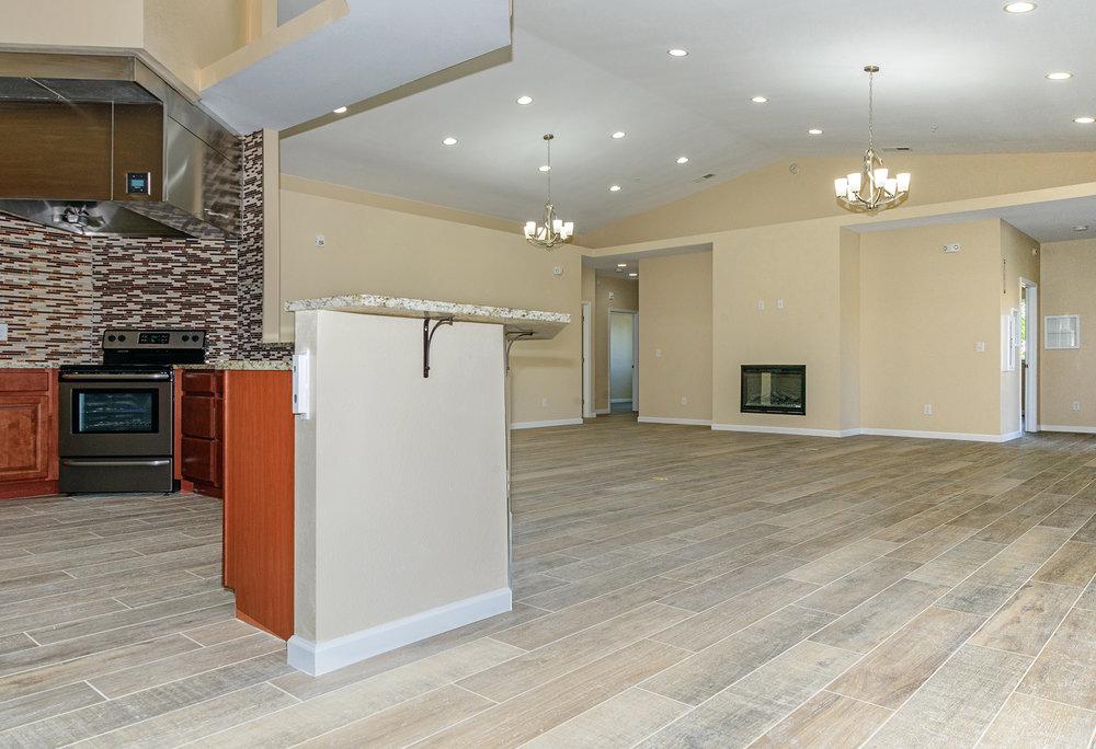 Kitchen Living R-6581_web.jpg