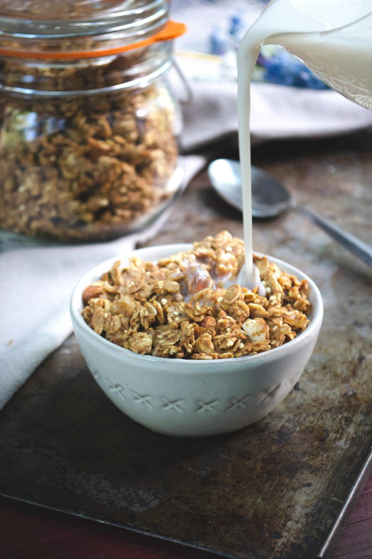 Granola   Oil-Free, Plant-Based Vegan, Refined Sugar-Free, Super Healthy, Whole Food, Easy Recipe